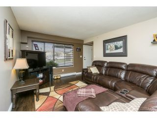 """Photo 6: 106 2844 273 Street in Langley: Aldergrove Langley Townhouse for sale in """"Chelsea Court"""" : MLS®# R2039587"""