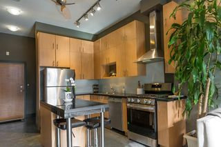 """Photo 2: 307 2635 PRINCE EDWARD Street in Vancouver: Mount Pleasant VE Condo for sale in """"SOMA Lofts"""" (Vancouver East)  : MLS®# R2539098"""