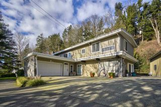"Photo 6: 35825 OLD YALE Road in Abbotsford: Abbotsford East House for sale in ""W OF TRWY TO MCLR N OF SFW"" : MLS®# R2537816"