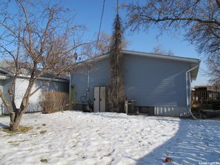 Photo 8: 105 3rd Avenue in Lampman: Residential for sale : MLS®# SK844392