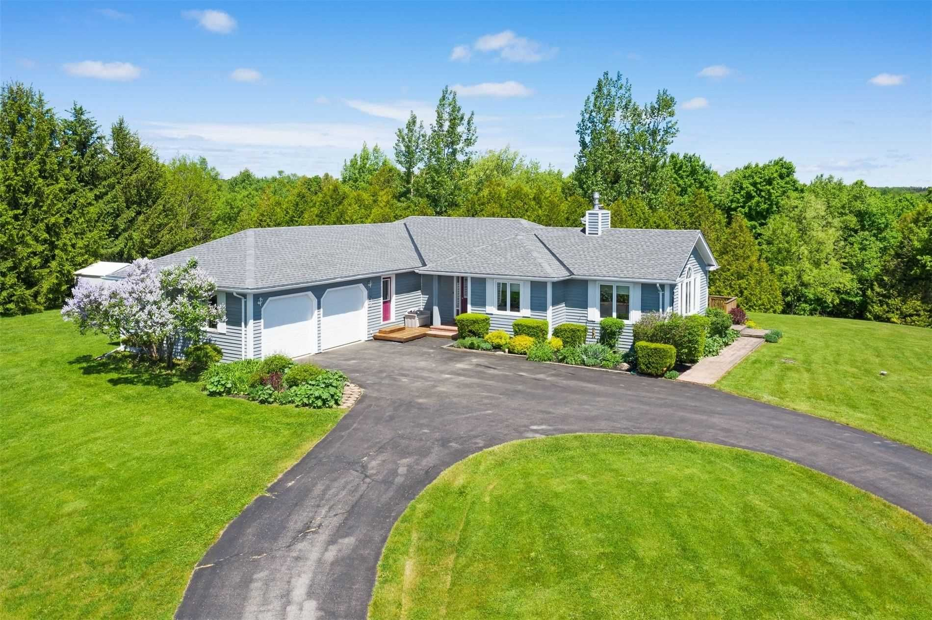 Main Photo: 7 Oldfield Court in Melancthon: Rural Melancthon House (Bungalow) for sale : MLS®# X5254330