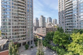 """Photo 2: 604 909 MAINLAND Street in Vancouver: Yaletown Condo for sale in """"YAELTOWN PARK II"""" (Vancouver West)  : MLS®# R2617490"""