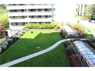 "Photo 8: 302 4194 MAYWOOD Street in Burnaby: Metrotown Condo for sale in ""PARK AVENUE TOWERS"" (Burnaby South)  : MLS®# V1063946"