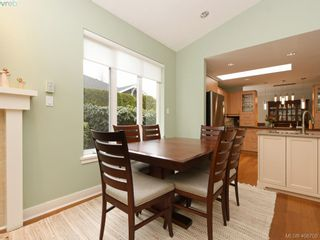Photo 9: 762 Hill Rise Lane in VICTORIA: SE Cordova Bay Row/Townhouse for sale (Saanich East)  : MLS®# 808277