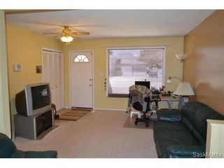 Photo 3: 446 T AVENUE N in Saskatoon: Mount Royal Single Family Dwelling for sale (Saskatoon Area 04)  : MLS®# 461488