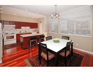 """Photo 3: 5 39893 GOVERNMENT Road in Squamish: Northyards Townhouse for sale in """"ELEMENTS"""" : MLS®# V750015"""