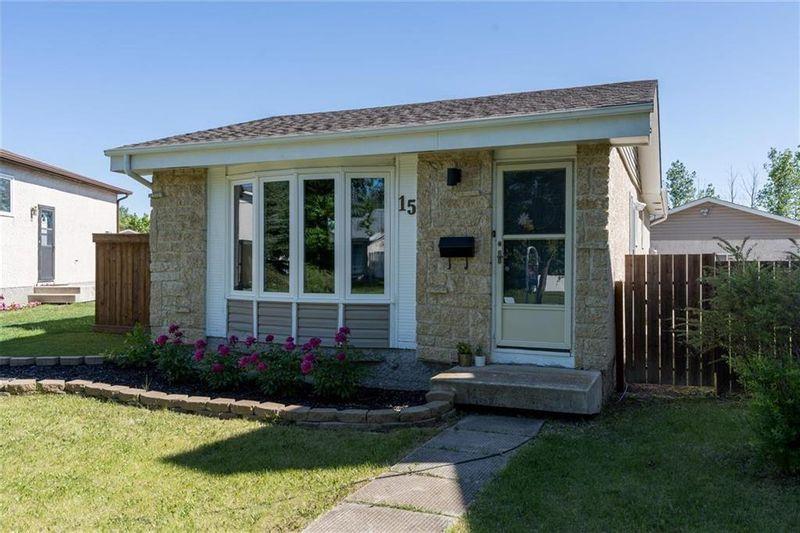 FEATURED LISTING: 15 Blairmore Garden Winnipeg