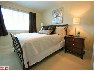 """Photo 6: 256 2501 161A Street in Surrey: Grandview Surrey Townhouse for sale in """"HIGHLAND PARK"""" (South Surrey White Rock)  : MLS®# F1209955"""