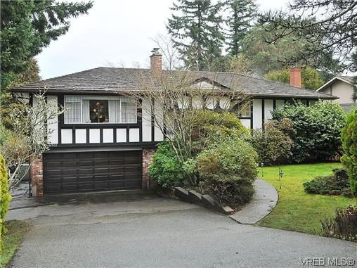 Main Photo: 4901 Sea Ridge Dr in VICTORIA: SE Cordova Bay House for sale (Saanich East)  : MLS®# 634241