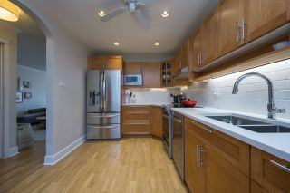 """Photo 7: 3408 WEYMOOR Place in Vancouver: Champlain Heights Townhouse for sale in """"Moorpark"""" (Vancouver East)  : MLS®# R2559017"""