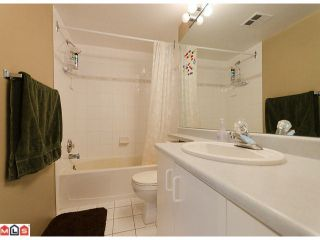 """Photo 5: 503 10523 UNIVERSITY Drive in Surrey: Whalley Condo for sale in """"Grandview Court"""" (North Surrey)  : MLS®# F1124694"""