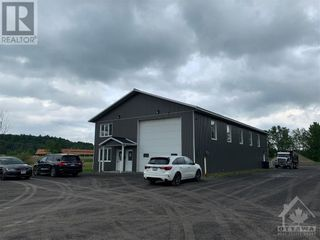 Photo 2: 6155 COUNTY RD 17 ROAD in Plantagenet: Industrial for sale : MLS®# 1246135