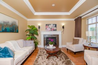 Photo 3: 16235 W 94 Avenue in surrey: Fleetwood Tynehead House for sale (North Surrey)