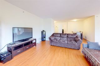 Photo 5: 301 7680 Granville Ave in Richmond: Brighouse South Condo for sale : MLS®# R2411102