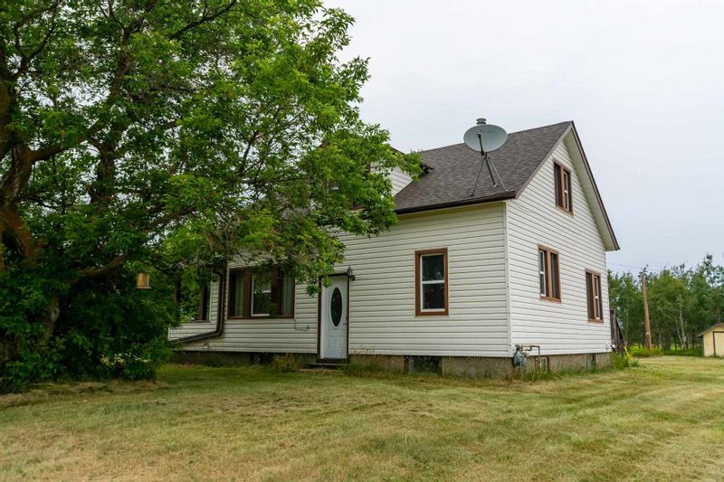 FEATURED LISTING: 59373 RR 195 Rural Smoky Lake County