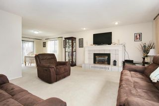 Photo 3: 42505 YALE Road in Chilliwack: Greendale Chilliwack House for sale (Sardis)  : MLS®# R2537135