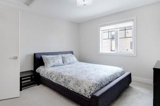 Photo 24: 2 924 3 Avenue NW in Calgary: Sunnyside Row/Townhouse for sale : MLS®# A1109840