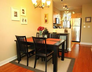 """Photo 2: 34 638 W 6TH Avenue in Vancouver: Fairview VW Townhouse for sale in """"STELLA DEL FIORDO"""" (Vancouver West)  : MLS®# V775218"""