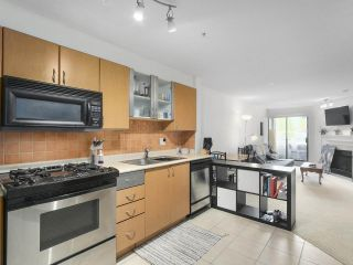 Photo 7: 301 2741 E HASTINGS STREET in Vancouver: Hastings Sunrise Condo for sale (Vancouver East)  : MLS®# R2388912
