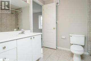 Photo 10: 117 EDGEHILL Drive Unit# 104 in Barrie: Condo for sale : MLS®# 40147841