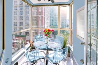 "Photo 4: 506 822 HOMER Street in Vancouver: Downtown VW Condo for sale in ""GALILEO ON ROBSON"" (Vancouver West)  : MLS®# R2298676"