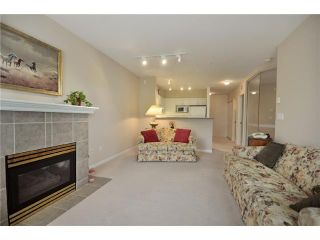 """Photo 4: 408 3625 WINDCREST Drive in North Vancouver: Roche Point Condo for sale in """"WINDSONG III"""" : MLS®# V890113"""