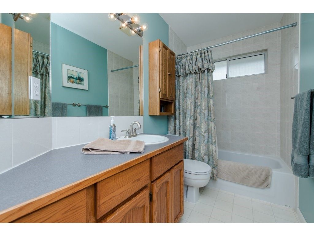 """Photo 18: Photos: 27091 24A Avenue in Langley: Aldergrove Langley House for sale in """"South Aldergrove"""" : MLS®# R2080123"""