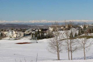 Photo 2: 40 HAWKMOUNT Heights NW in CALGARY: Hawkwood Residential Detached Single Family for sale (Calgary)  : MLS®# C3614590