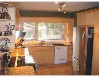 Photo 3: 850 LANARK Street in WINNIPEG: River Heights / Tuxedo / Linden Woods Residential for sale (South Winnipeg)  : MLS®# 2803746