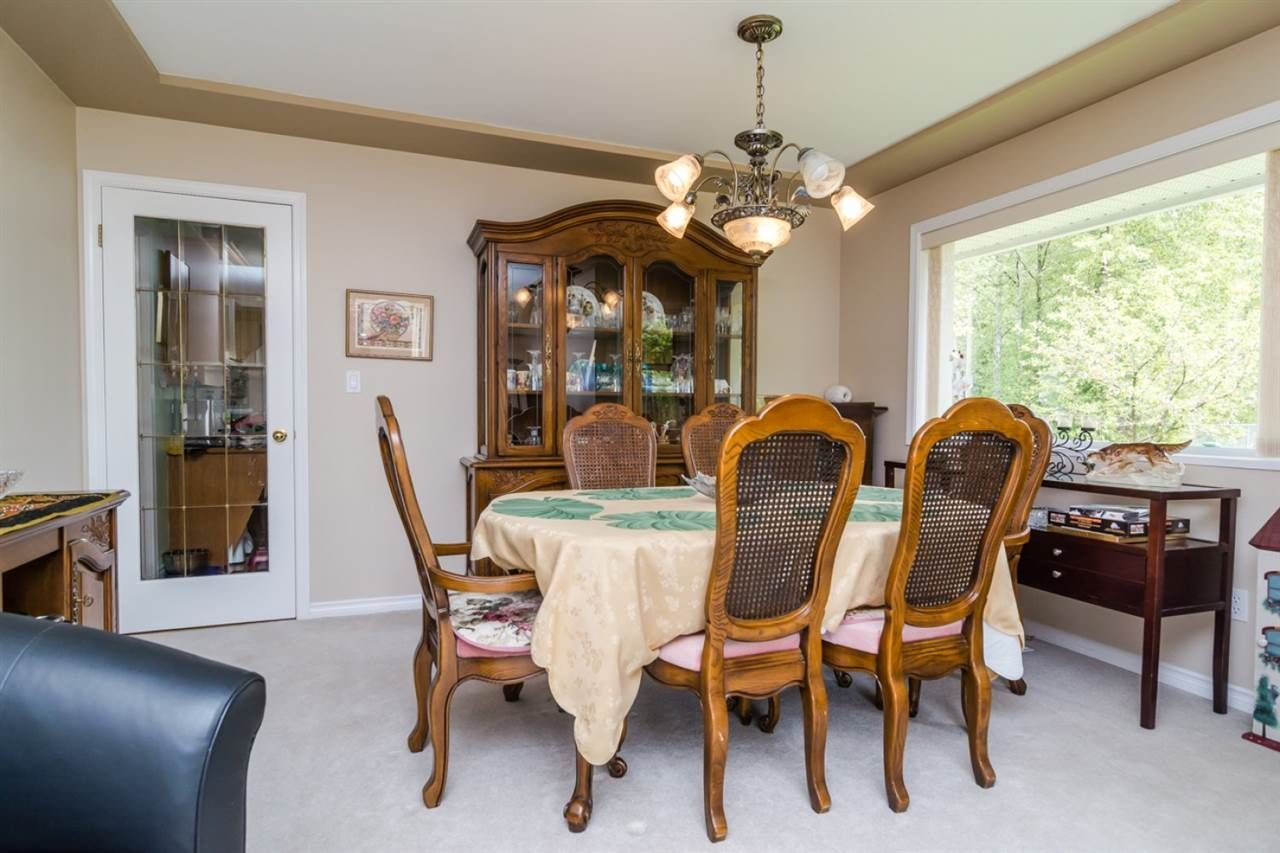 Photo 3: Photos: 15883 108TH Avenue in Surrey: Fraser Heights House for sale (North Surrey)  : MLS®# R2118938