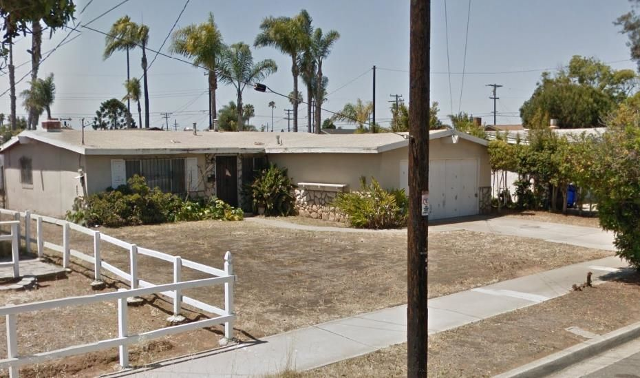 Main Photo: IMPERIAL BEACH House for sale : 3 bedrooms : 921 Grove