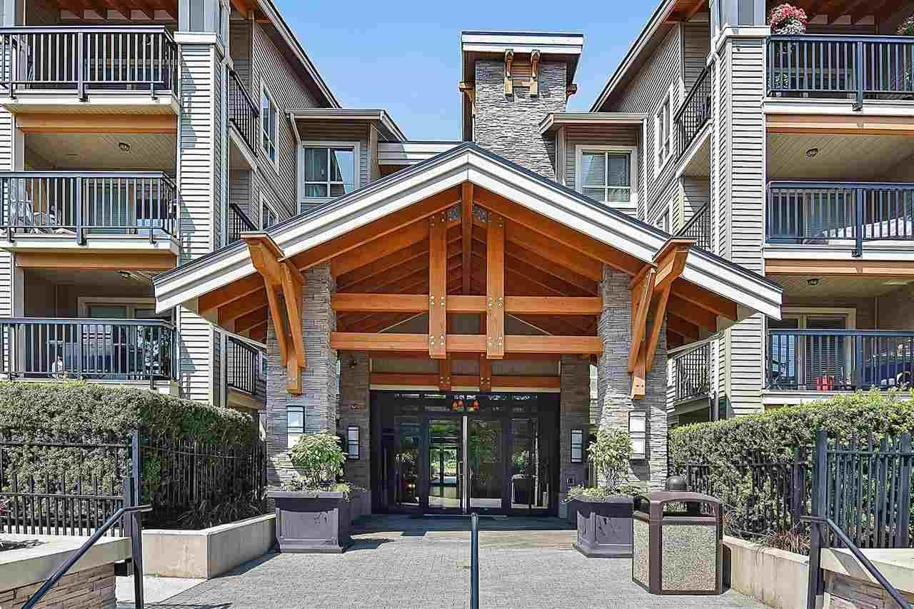 """Main Photo: 310 21009 56 Avenue in Langley: Salmon River Condo for sale in """"CORNERSTONE"""" : MLS®# R2479132"""