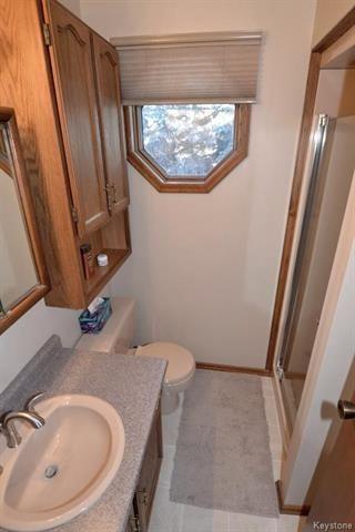 Photo 11: 5 Ash Bay in Morris: R17 Residential for sale : MLS®# 1814075