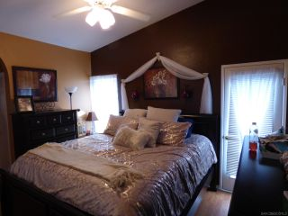 Photo 16: SAN DIEGO House for sale : 4 bedrooms : 1277 Glencoe Dr