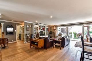 Photo 2: 13362 14A Avenue in Surrey: Crescent Bch Ocean Pk. House for sale (South Surrey White Rock)  : MLS®# R2353627