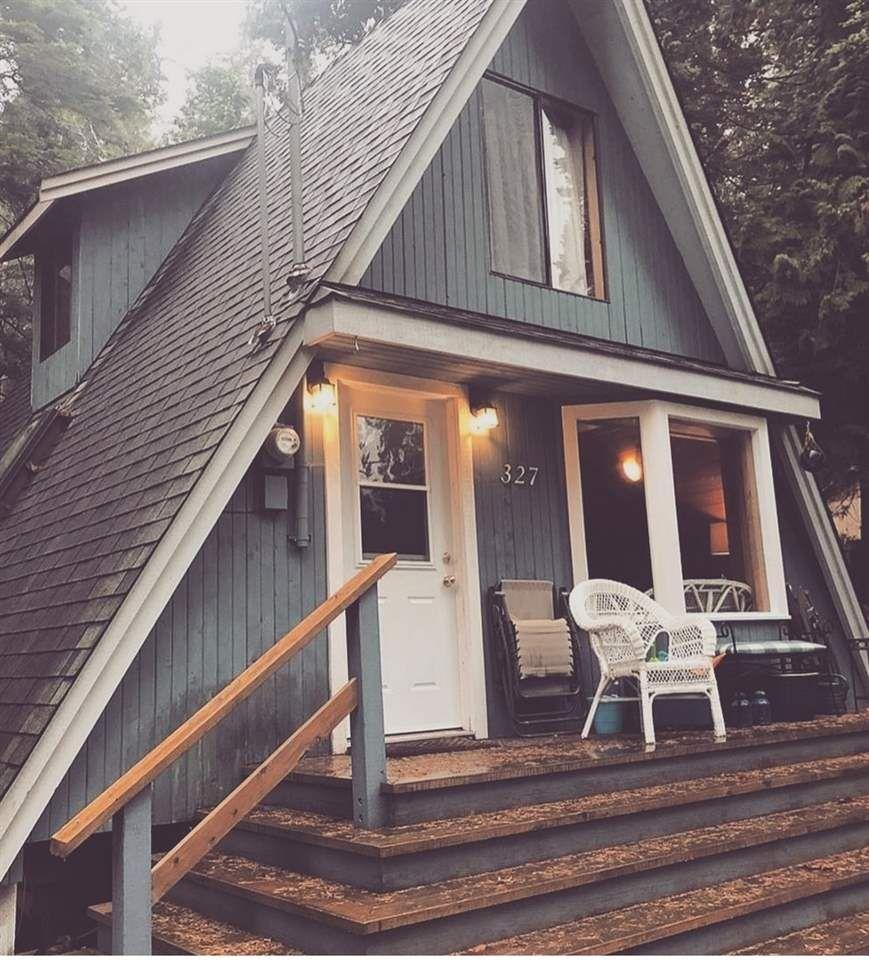 "Main Photo: 327 PARK Avenue: Keats Island House for sale in ""EASTBOURNE ESTATES"" (Sunshine Coast)  : MLS®# R2460002"