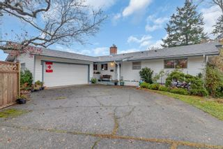 Photo 1: 611 Colwyn St in : CR Campbell River Central Full Duplex for sale (Campbell River)  : MLS®# 860200