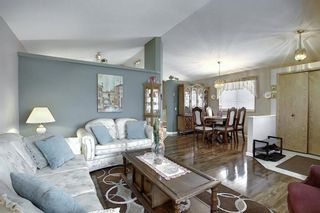 Photo 11: 305 Martinwood Place NE in Calgary: Martindale Detached for sale : MLS®# A1038589