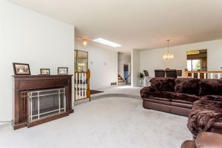 Photo 3: 14391 77A Avenue in Surrey: East Newton House for sale : MLS®# R2149252