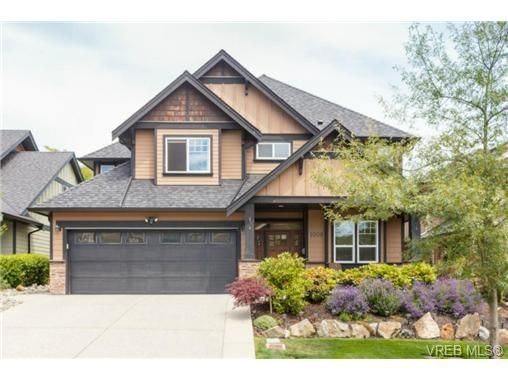 Main Photo: 1008 Limestone Lane in VICTORIA: La Bear Mountain House for sale (Langford)  : MLS®# 735195