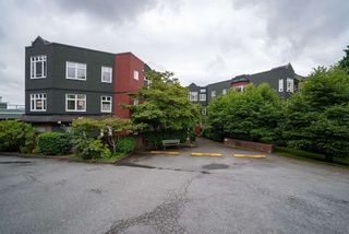 "Photo 22: 506 2800 CHESTERFIELD Avenue in North Vancouver: Upper Lonsdale Condo for sale in ""Somerset Garden"" : MLS®# R2472780"