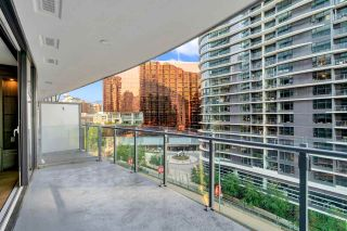 """Photo 6: 812 89 NELSON Street in Vancouver: Yaletown Condo for sale in """"THE ARC"""" (Vancouver West)  : MLS®# R2504656"""