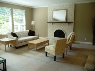 Photo 3: 14388 GREENCREST Drive in South Surrey White Rock: Home for sale : MLS®# F1320933