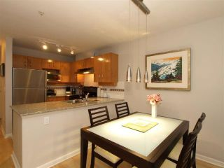 "Photo 6: 103 2181 W 10TH Avenue in Vancouver: Kitsilano Condo for sale in ""THE TENTH AVE"" (Vancouver West)  : MLS®# V793542"