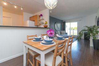 Photo 1: 207 2529 Wark St in : Vi Hillside Condo for sale (Victoria)  : MLS®# 885580