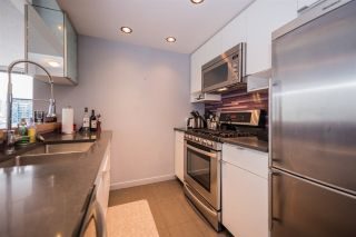 """Photo 8: 2508 928 BEATTY Street in Vancouver: Yaletown Condo for sale in """"The Max"""" (Vancouver West)  : MLS®# R2297790"""