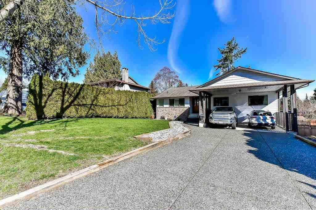 Main Photo: 5824 170A Street in Surrey: Cloverdale BC House for sale (Cloverdale)  : MLS®# R2255515