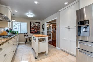 """Photo 12: 482 RIVERVIEW Crescent in Coquitlam: Coquitlam East House for sale in """"RIVERVIEW"""" : MLS®# R2548464"""