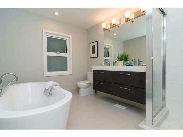 """Photo 9: Photos: 1144 W 21ST Street in North Vancouver: Pemberton Heights House for sale in """"Pemberton Heights"""" : MLS®# V1096299"""