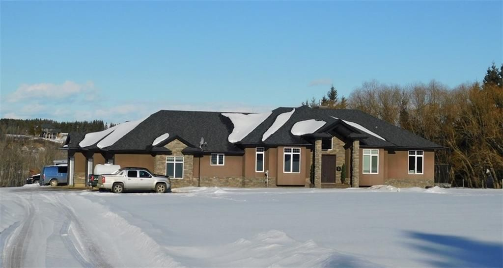 Main Photo: 49-56021 RR234 Road NW: Rural Sturgeon County Detached for sale : MLS®# C4289695